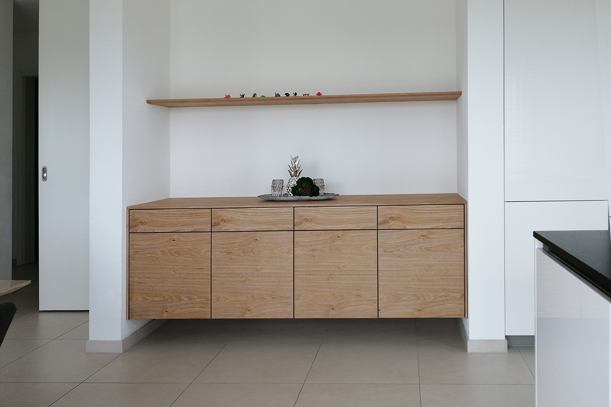 Sideboard in Eiche gebürstet